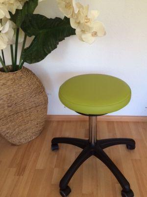 Rollhocker / Drehhocker / Arbeitshocker mit Kunststofffußkreuz, runde Sitzfläche,  höhenverstellbar , belastungsgebremst